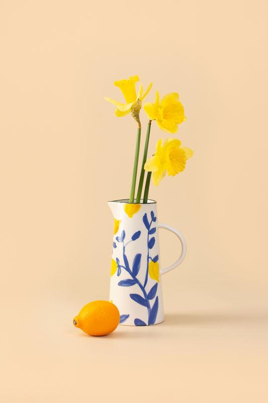 Яркие летние краски в керамическом кувшине Caraf Lemon Twig